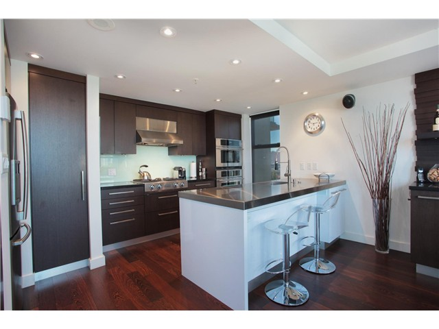 Photo 5: 707 428 W 8TH Avenue in Vancouver: Mount Pleasant VW Condo for sale (Vancouver West)  : MLS(r) # V970989