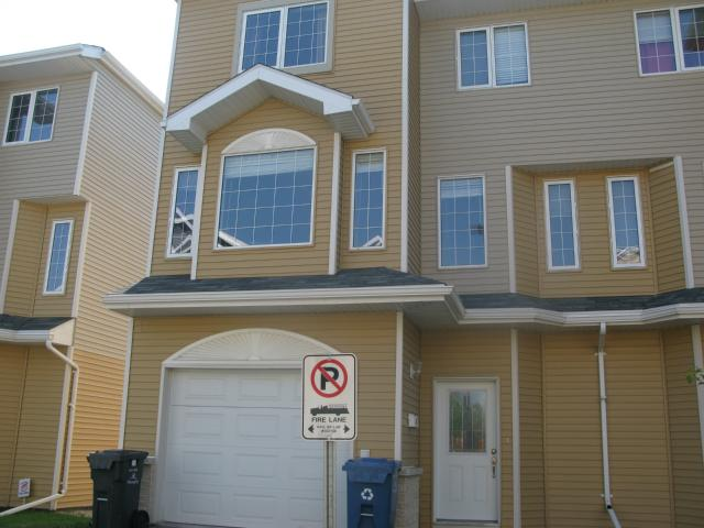 Photo 1: Photos: 41 Morello Bay in WINNIPEG: Maples / Tyndall Park Townhouse for sale (North West Winnipeg)  : MLS® # 1315240
