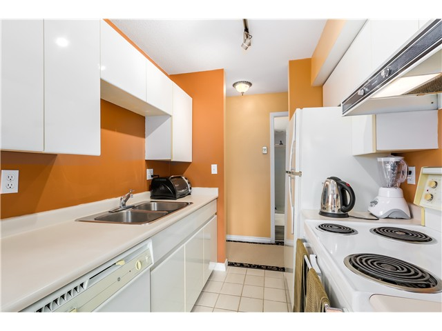 Photo 6: 202 3218 ONTARIO Street in Vancouver: Main Condo for sale (Vancouver East)  : MLS® # V1084215