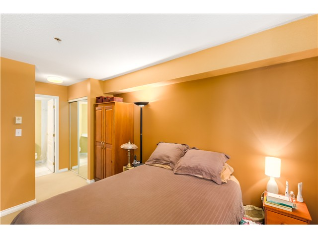 Photo 9: 202 3218 ONTARIO Street in Vancouver: Main Condo for sale (Vancouver East)  : MLS® # V1084215