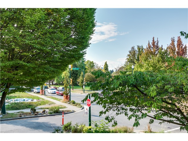 Photo 16: 202 3218 ONTARIO Street in Vancouver: Main Condo for sale (Vancouver East)  : MLS® # V1084215