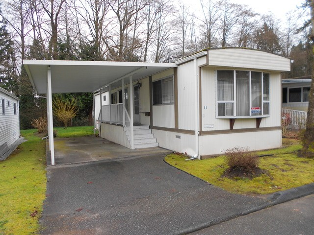 "Main Photo: 88 7850 KING GEORGE Boulevard in Surrey: East Newton Manufactured Home for sale in ""Bear Creek Glen"" : MLS® # F1432729"