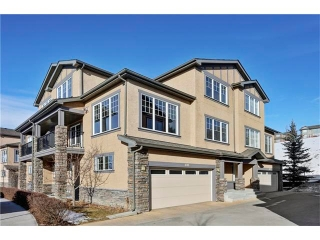 Main Photo: 401 10 DISCOVERY RIDGE Hill(S) SW in Calgary: Discovery Ridge House for sale : MLS® # C4047655