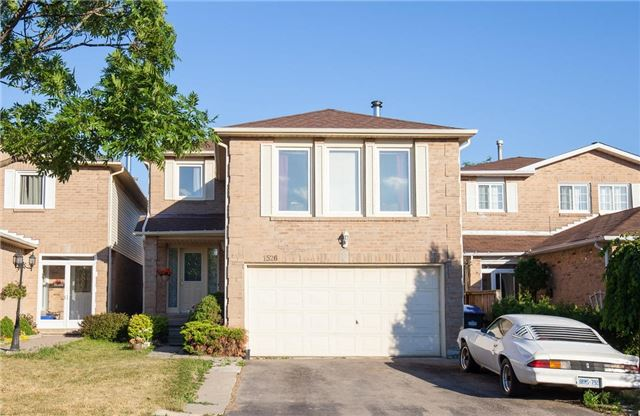 Main Photo: 1526 Evenside Crest in Mississauga: East Credit House (2-Storey) for sale : MLS(r) # W3543356