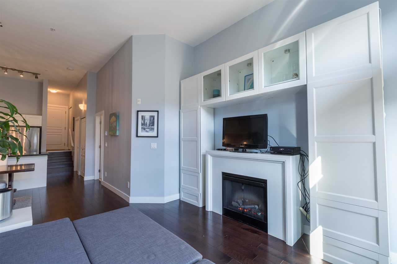 Photo 3: 112 738 E 29TH Avenue in Vancouver: Fraser VE Condo for sale (Vancouver East)  : MLS® # R2113741