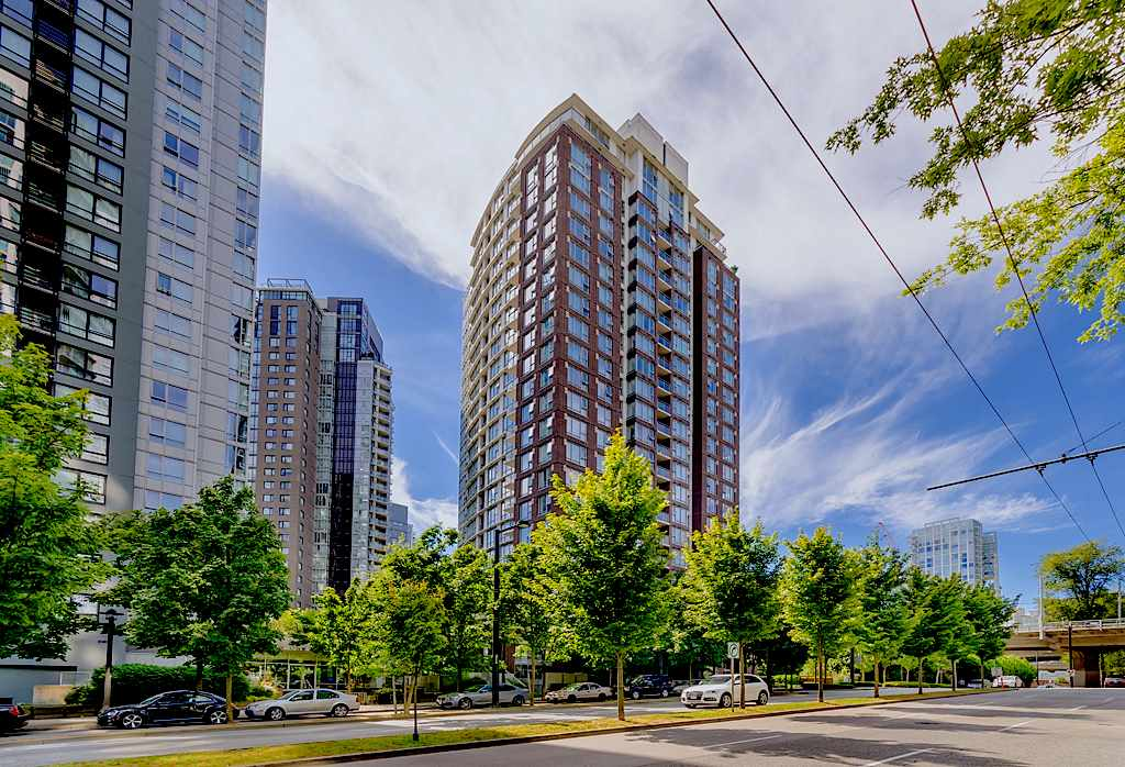 "Main Photo: 1206 550 PACIFIC Street in Vancouver: Yaletown Condo for sale in ""Aqua"" (Vancouver West)  : MLS® # R2119125"