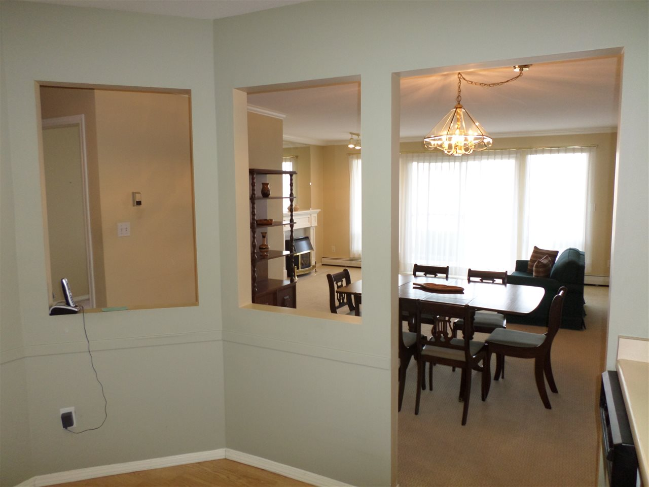 "Photo 7: 105 2491 GLADWIN Road in Abbotsford: Abbotsford West Condo for sale in ""LAKEWOOD GARDENS"" : MLS® # R2122538"
