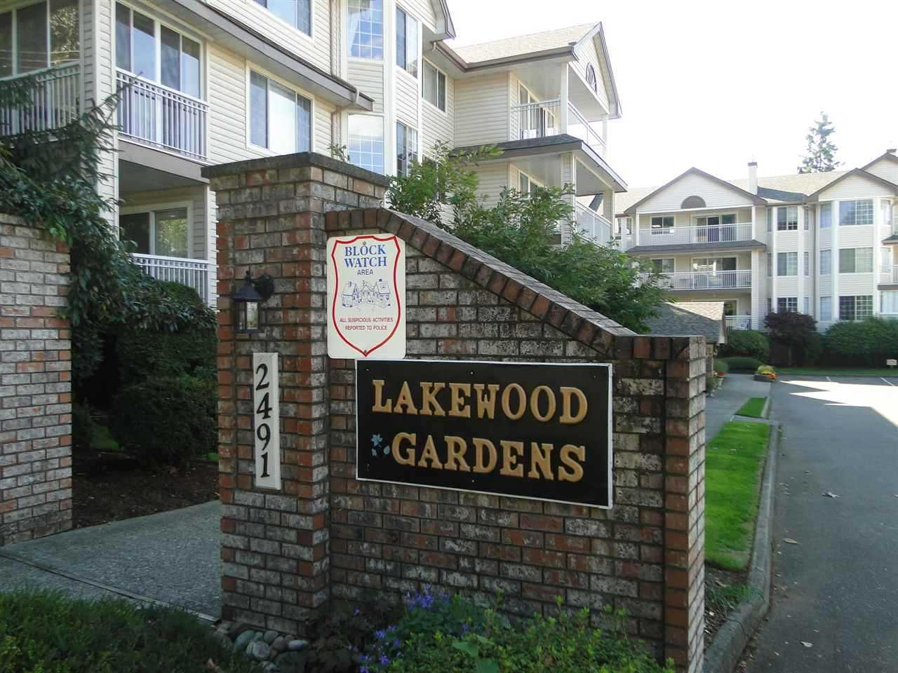 "Photo 3: 105 2491 GLADWIN Road in Abbotsford: Abbotsford West Condo for sale in ""LAKEWOOD GARDENS"" : MLS® # R2122538"