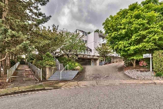 "Main Photo: 209 2733 ATLIN Place in Coquitlam: Coquitlam East Condo for sale in ""ATLIN COURT"" : MLS(r) # R2166534"