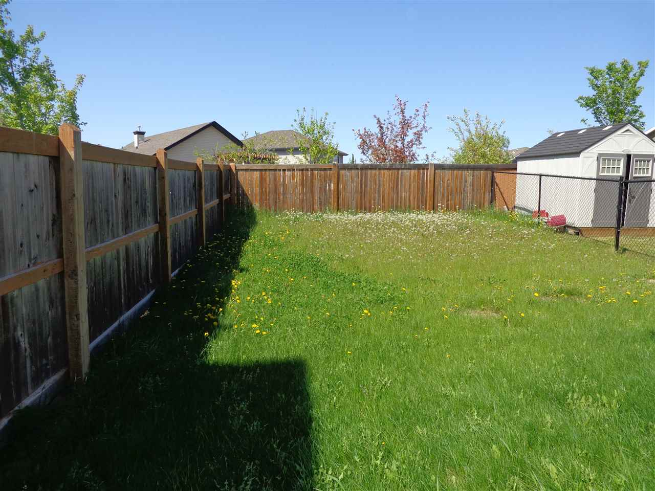 Photo 2: 36 NEVIS CL: St. Albert House Half Duplex for sale : MLS(r) # E4066497