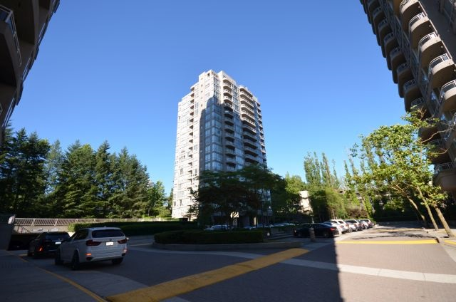 "Main Photo: 1406 9633 MANCHESTER Drive in Burnaby: Cariboo Condo for sale in ""STRATHMORE TOWERS"" (Burnaby North)  : MLS® # R2193705"