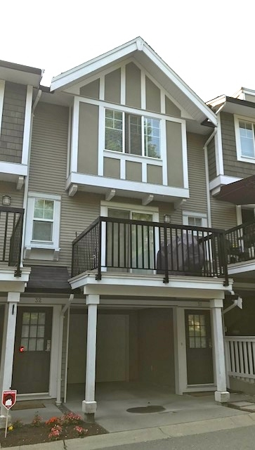 Main Photo: 31 20176 68 Avenue in Langley: Willoughby Heights Townhouse for sale : MLS® # R2194850