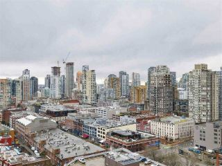 "Main Photo: 2305 930 CAMBIE Street in Vancouver: Yaletown Condo for sale in ""PACIFIC PLACE LANDMARK 2"" (Vancouver West)  : MLS® # R2224236"