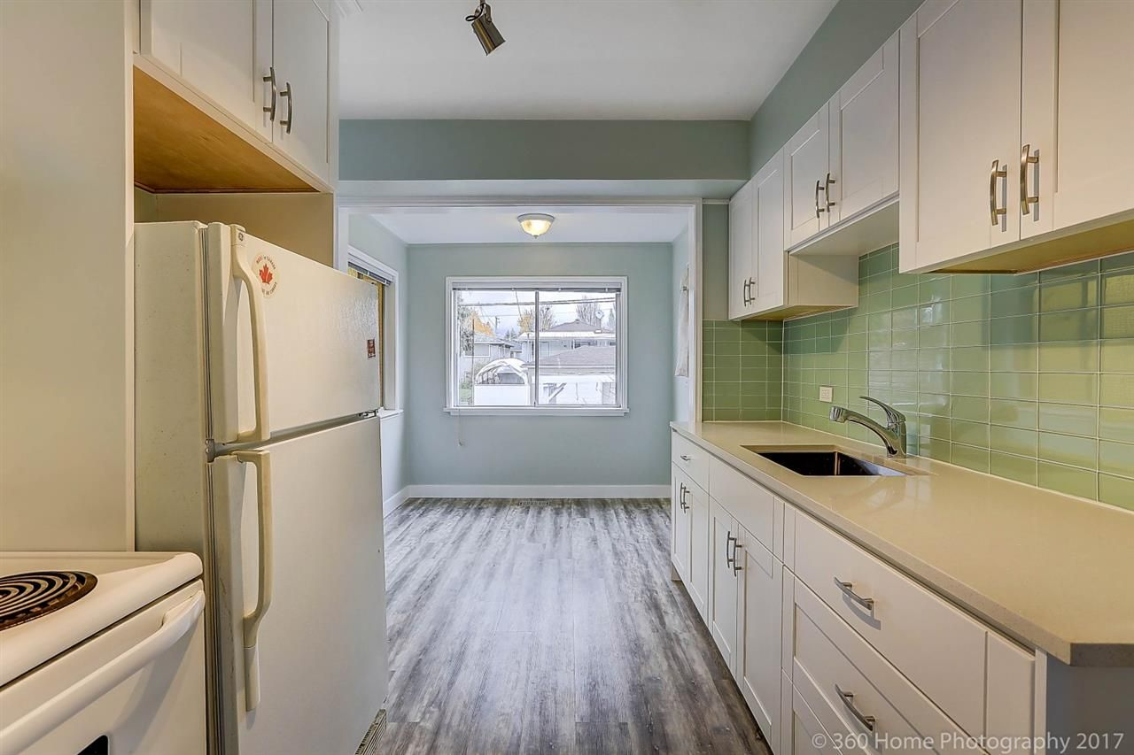 Main Photo: 2535 E 16TH Avenue in Vancouver: Renfrew Heights House for sale (Vancouver East)  : MLS® # R2231577