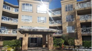 "Main Photo: 423 2551 PARKVIEW Lane in Port Coquitlam: Central Pt Coquitlam Condo for sale in ""THE CRESCENT"" : MLS® # R2240240"