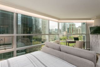 "Main Photo: 804 1050 BURRARD Street in Vancouver: Downtown VW Condo for sale in ""WALL CENTRE"" (Vancouver West)  : MLS®# R2309129"