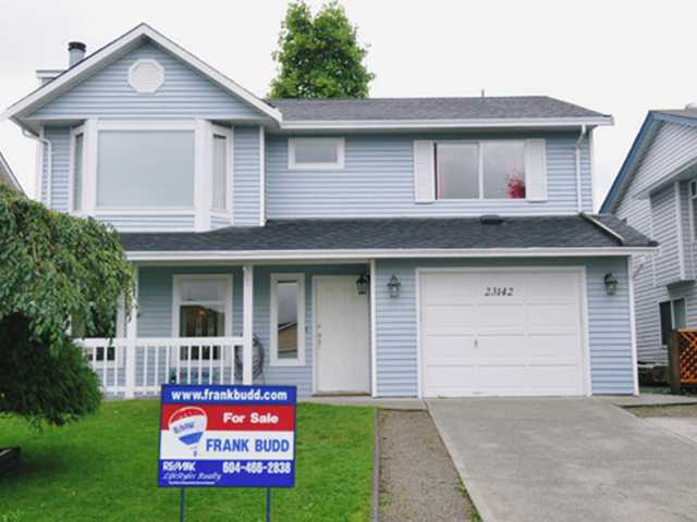 "Main Photo: 23142 PEACH TREE Court in Maple Ridge: East Central House for sale in ""BLOSSOM PARK"" : MLS(r) # V915180"