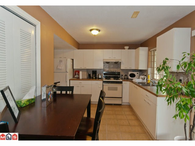 Photo 5: 10510 170A Street in Surrey: Fraser Heights House for sale (North Surrey)  : MLS® # F1202343