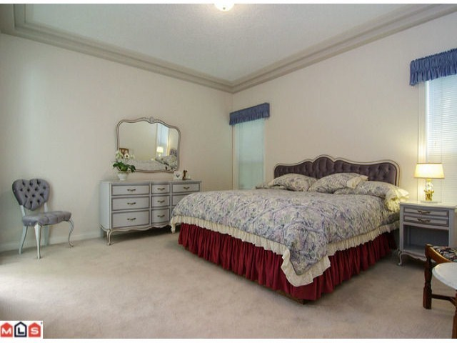 Photo 5: 4277 SHEARWATER Drive in Abbotsford: Abbotsford East House for sale : MLS® # F1223328