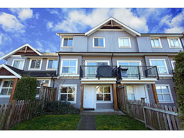 Main Photo: 62 12677 63 Avenue in Surrey: Panorama Ridge Townhouse for sale