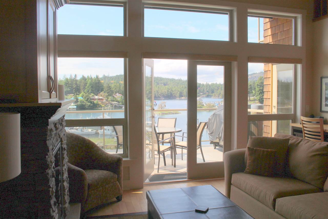 "Photo 4: Photos: 5B 12849 LAGOON Road in Madeira Park: Pender Harbour Egmont Townhouse for sale in ""PAINTED BOAT RESORT"" (Sunshine Coast)  : MLS® # R2093697"