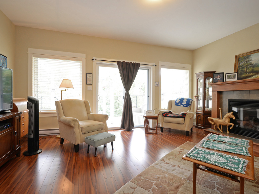 Photo 15: 27 DeGoutiere Place in VICTORIA: VR Six Mile Single Family Detached for sale (View Royal)  : MLS® # 368126