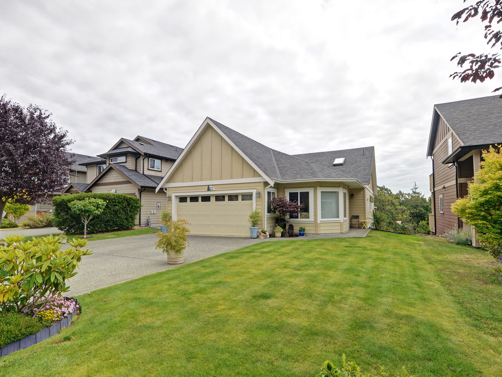 Photo 23: 27 DeGoutiere Place in VICTORIA: VR Six Mile Single Family Detached for sale (View Royal)  : MLS® # 368126