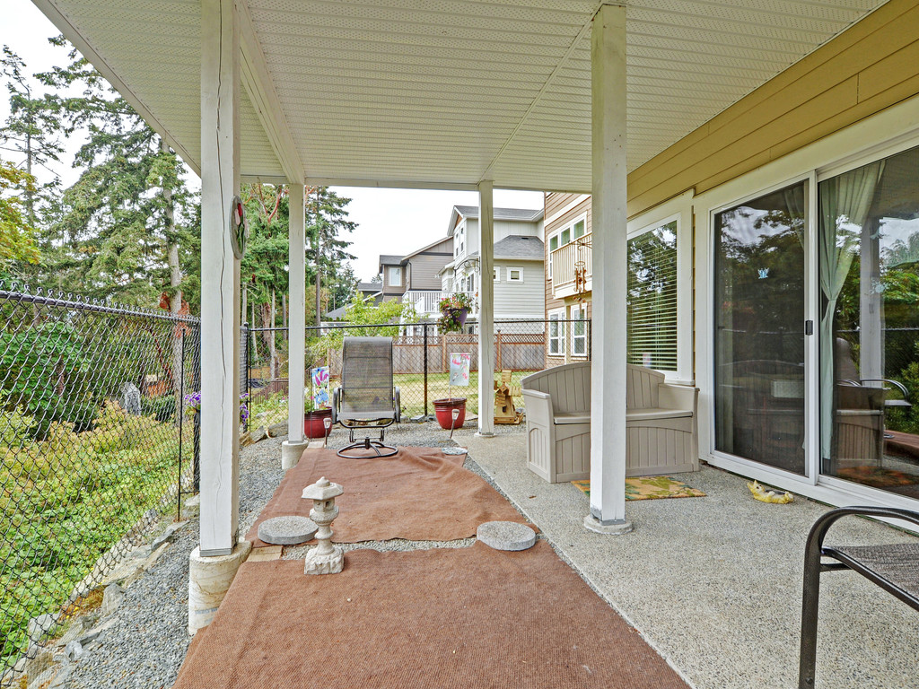 Photo 19: 27 DeGoutiere Place in VICTORIA: VR Six Mile Single Family Detached for sale (View Royal)  : MLS® # 368126
