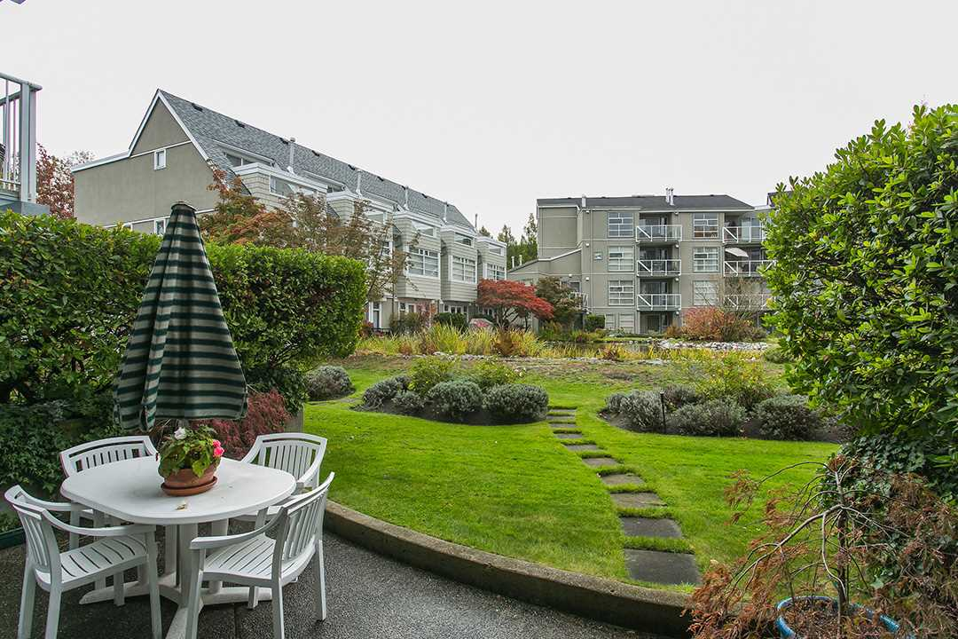 "Photo 15: 114 2020 E KENT AVE SOUTH Avenue in Vancouver: Fraserview VE Condo for sale in ""TUGBOAT LANDING"" (Vancouver East)  : MLS(r) # R2116794"
