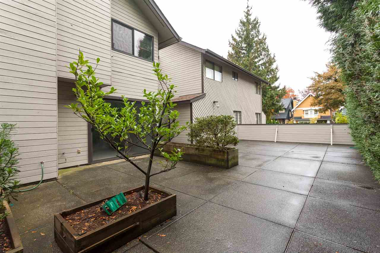 Photo 14: 10 460 W 16TH Avenue in Vancouver: Cambie Townhouse for sale (Vancouver West)  : MLS® # R2118803