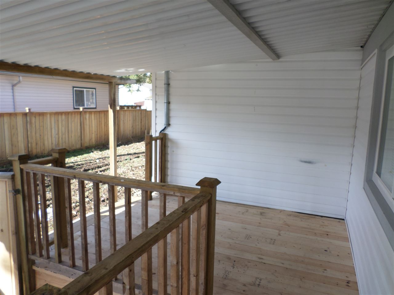 Photo 17: 31585 LOMBARD Avenue in Abbotsford: Poplar Manufactured Home for sale : MLS(r) # R2138943
