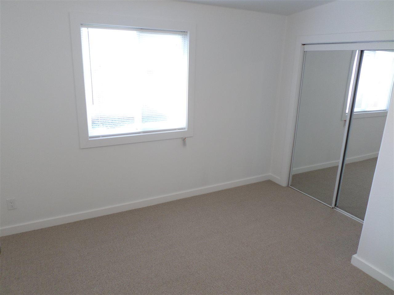 Photo 10: 31585 LOMBARD Avenue in Abbotsford: Poplar Manufactured Home for sale : MLS(r) # R2138943