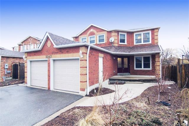 Main Photo: 5247 Tagish Court in Mississauga: Hurontario House (2-Storey) for sale : MLS® # W3711898