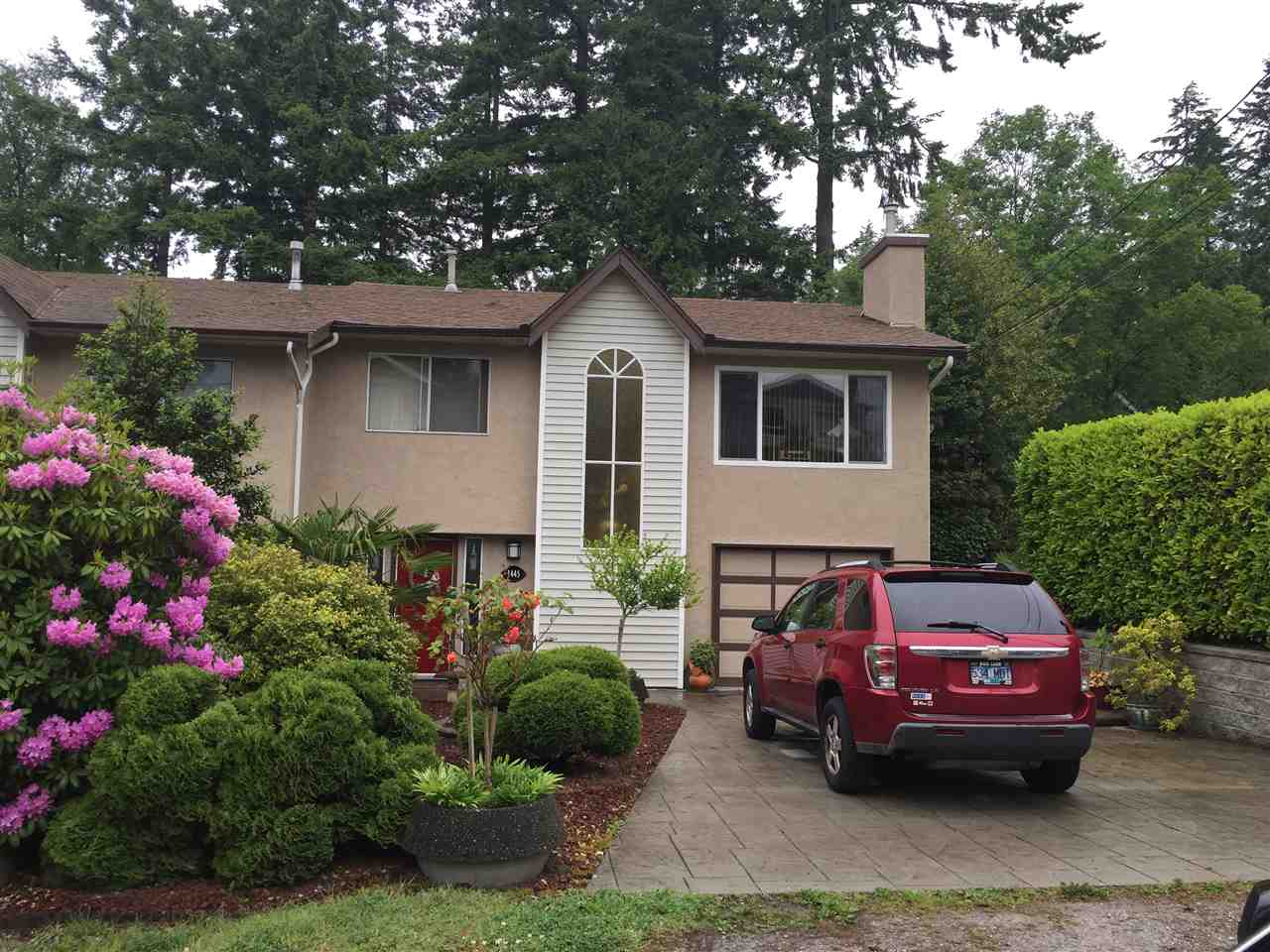 Main Photo: 1445 VIDAL Street: White Rock House 1/2 Duplex for sale (South Surrey White Rock)  : MLS(r) # R2171728