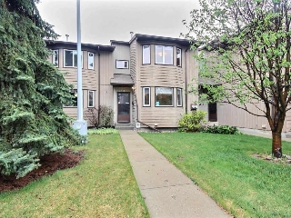 Main Photo: 119 10787 31 Avenue in Edmonton: Zone 16 Townhouse for sale : MLS(r) # E4066644