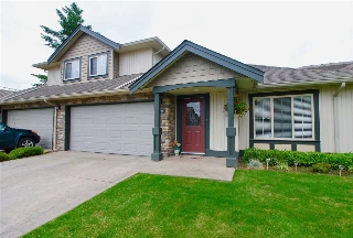 "Main Photo: 76 6449 BLACKWOOD Lane in Sardis: Sardis West Vedder Rd Townhouse for sale in ""CEDAR PARK"" : MLS(r) # R2173086"