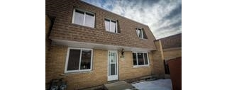 Main Photo: 194 LONDONDERRY Square in Edmonton: Zone 02 Townhouse for sale : MLS(r) # E4067753