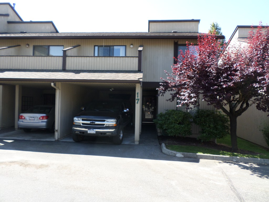 Main Photo: 17 2962 Nelson Place in Abbotsford: Central Abbotsford Townhouse for sale : MLS® # R2182873