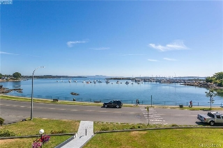 Main Photo: 308 1450 Beach Drive in VICTORIA: OB South Oak Bay Condo Apartment for sale (Oak Bay)  : MLS® # 380921