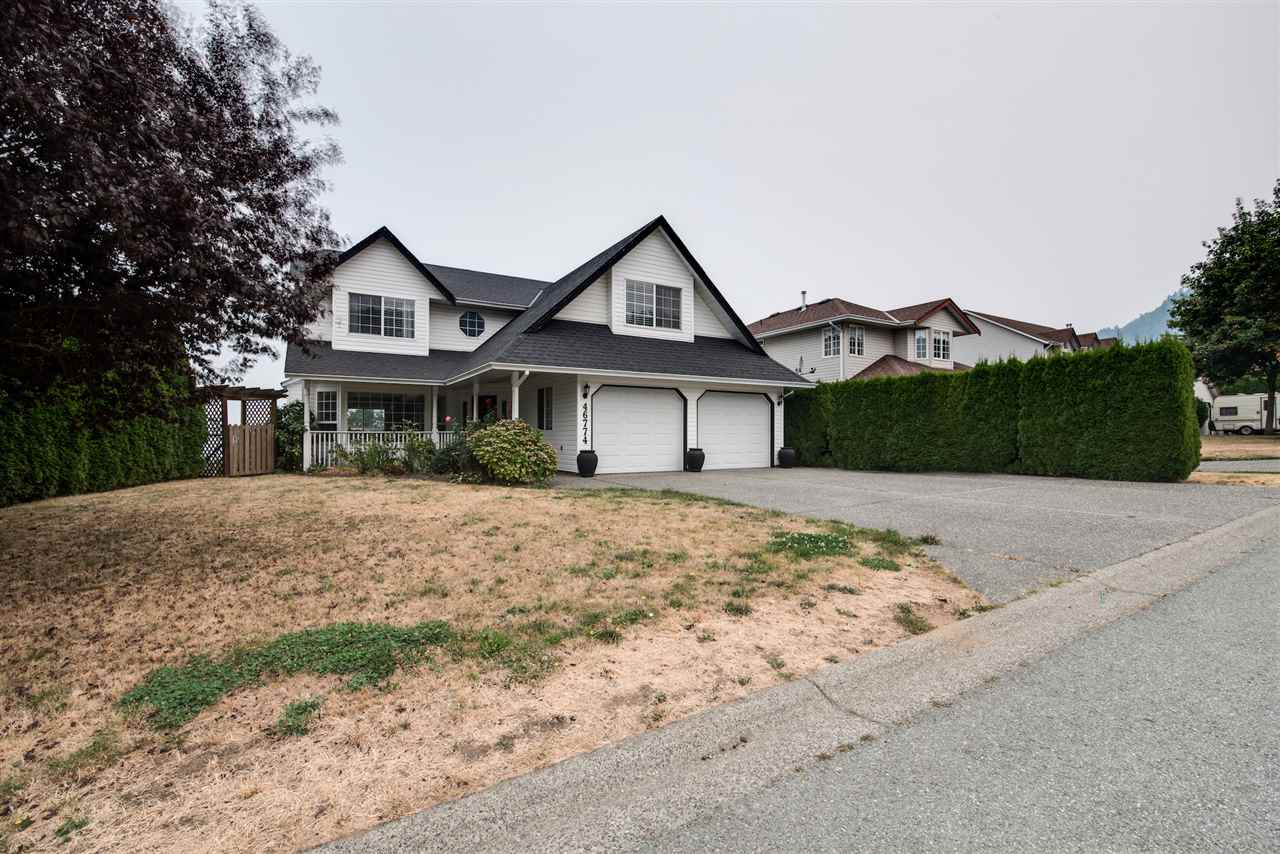 "Photo 2: 46774 BRAESIDE Avenue in Sardis: Promontory House for sale in ""PROMONTORY HEIGHTS"" : MLS® # R2201975"
