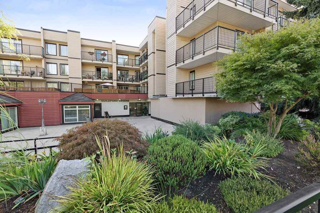 "Main Photo: 314 10438 148 Street in Surrey: Guildford Condo for sale in ""Guildford Green"" (North Surrey)  : MLS® # R2205937"