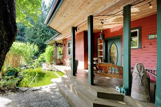 "Main Photo: 502 CRAG'S END Road: Bowen Island House for sale in ""Sealeigh Park"" : MLS® # R2209047"