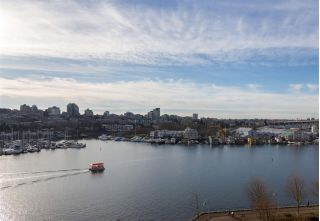 "Main Photo: 801 1560 HOMER Mews in Vancouver: Yaletown Condo for sale in ""ERICKSON"" (Vancouver West)  : MLS® # R2232070"