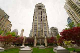 "Main Photo: 508 1238 RICHARDS Street in Vancouver: Yaletown Condo for sale in ""METROPOLIS"" (Vancouver West)  : MLS®# R2266350"