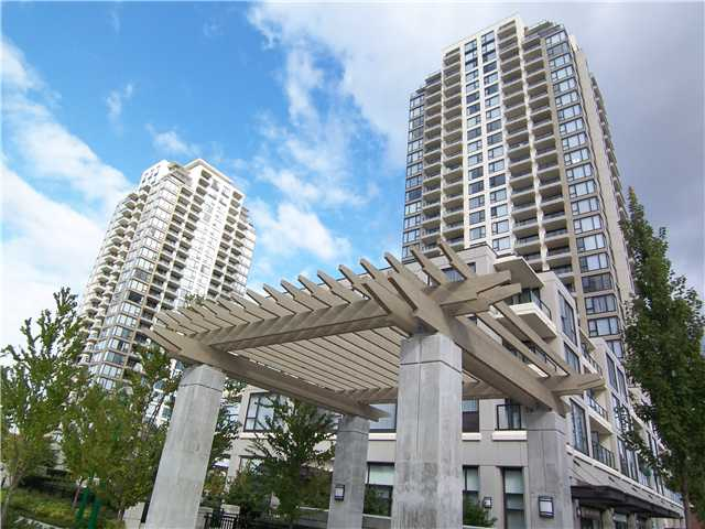 "Main Photo: 2302 7088 SALISBURY Avenue in Burnaby: Highgate Condo for sale in ""WEST"" (Burnaby South)  : MLS®# V906437"