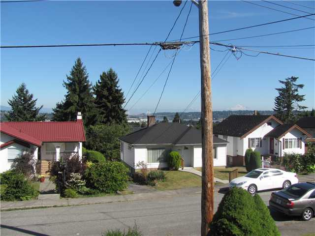 Photo 10: 511 AMESS Street in New Westminster: The Heights NW House for sale : MLS® # V908652