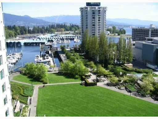 "Main Photo: 903 1710 BAYSHORE Drive in Vancouver: Coal Harbour Condo for sale in ""BAYSHORE GARDENS"" (Vancouver West)  : MLS® # V926161"