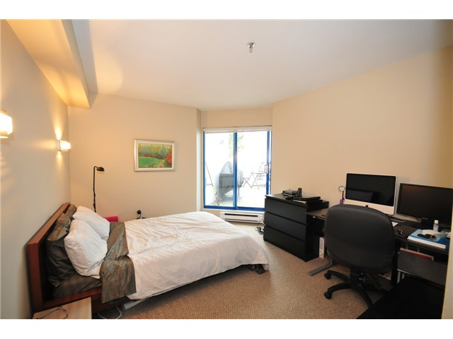 "Photo 5: 1 1038 W 7TH Avenue in Vancouver: Fairview VW Condo for sale in ""THE SANTORINI"" (Vancouver West)  : MLS(r) # V927272"