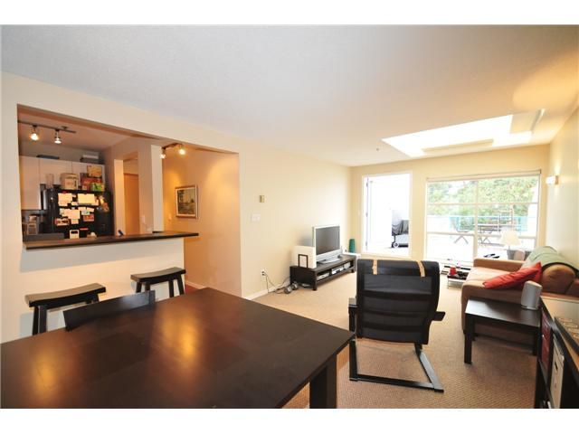 "Photo 3: 1 1038 W 7TH Avenue in Vancouver: Fairview VW Condo for sale in ""THE SANTORINI"" (Vancouver West)  : MLS(r) # V927272"