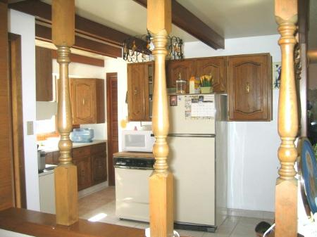 Photo 3: Photos: 262 Mahonee Dr.: Residential for sale (Oakwood Estates)  : MLS®# 2705221